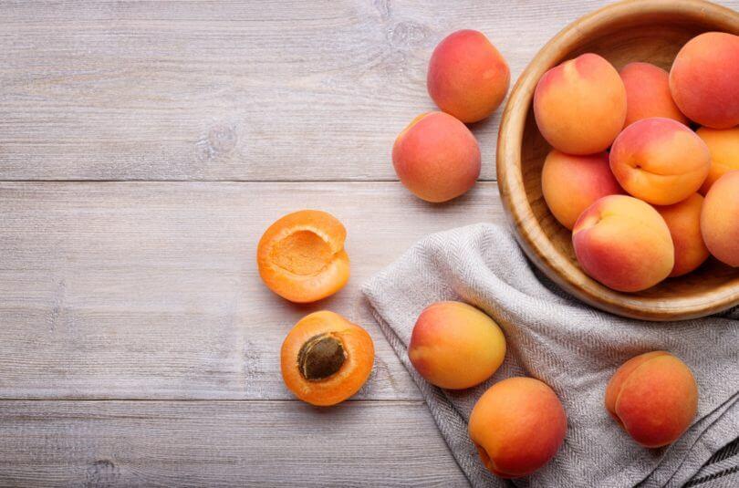 L'abricot, à faire goûter dès les 4/6 mois de votre bébé !