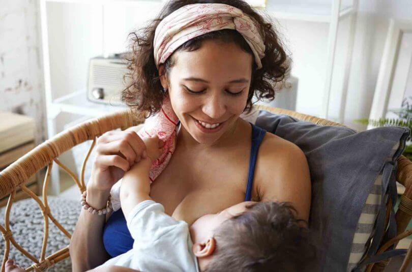 Gérer un allaitement au-delà de 6 mois