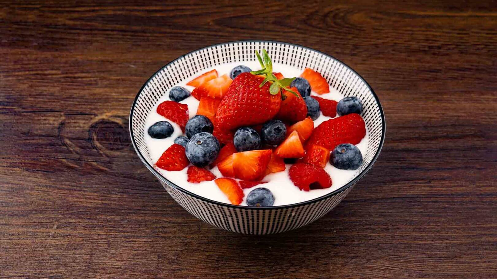 Fromage blanc aux fruits rouges