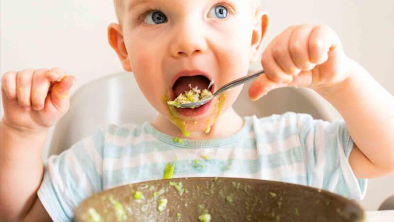 Comment donner de bonnes habitudes alimentaires à son enfant ?