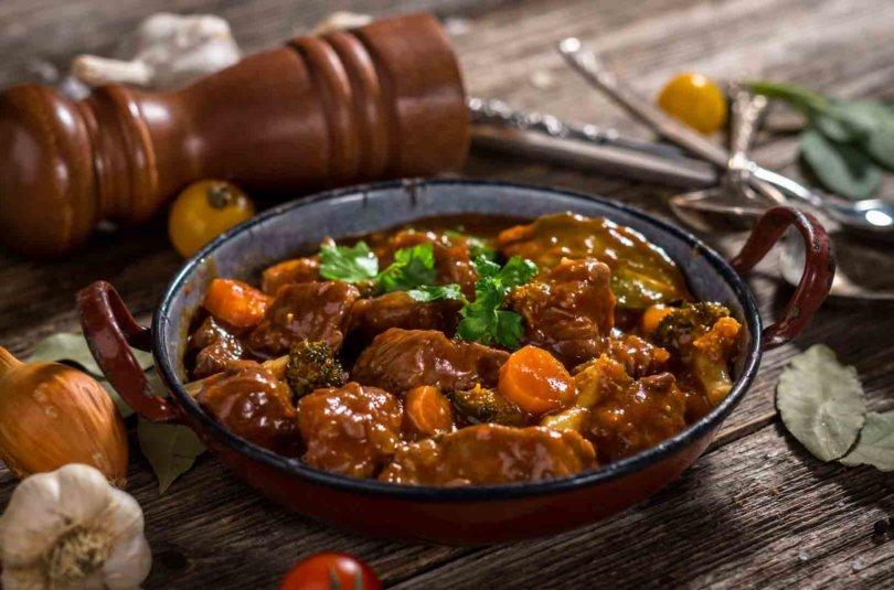 Domoda ou viande en sauce